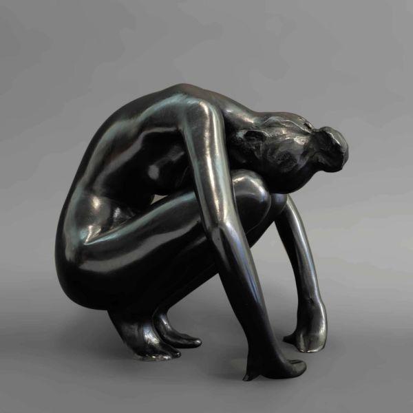 Chengdong Guo – Femme – nue II – bronze – 1 sur 8 – 19 x 17 x 19 cm