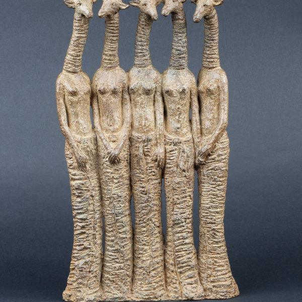 Sophie Verger - Cinq demoiselles - bronze - 45 x 25 x 9 cm - 3400 €