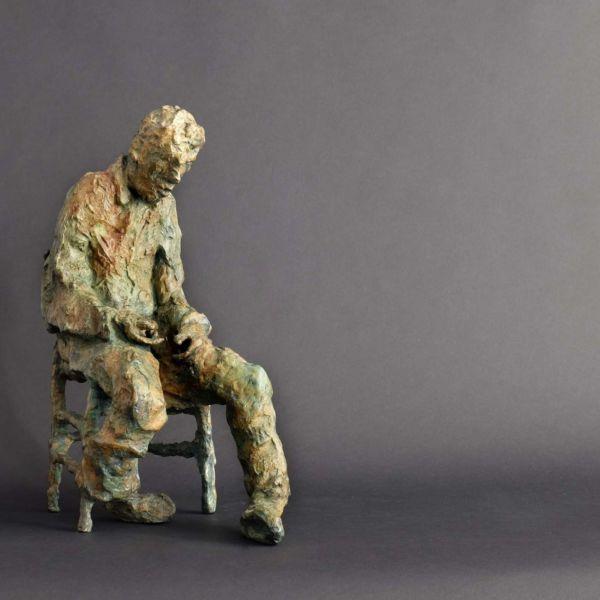 Christophe Rouleaud – Assis – bronze 8/8 – 38 x 26 x 16 cm – tirages épuisés