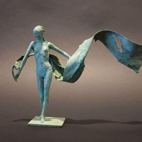 Claire Fontana – Grandesse – bronze 8/8 – 15 x 22 x 6 cm – 1000 €