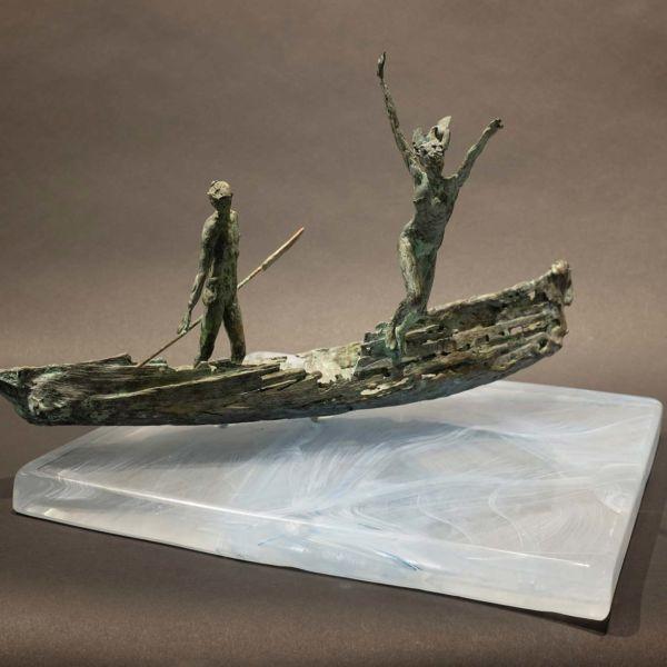 Claire Fontana – Le chant des sirènes – bronze et verre - 27 x 31 x 22 cm – 2 sur 8 – 2400 €