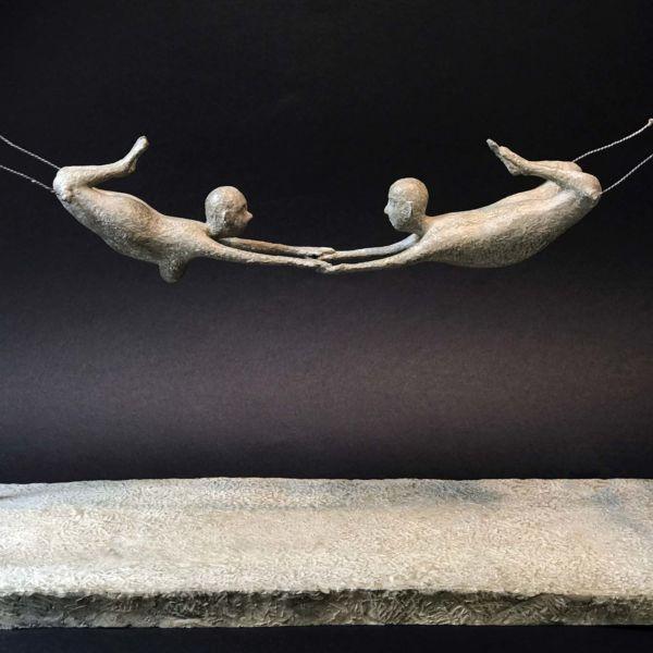 Lucette Brandy – Les acrobates – bronze 4/8 – 53 x 21 x 34 cm – vendu