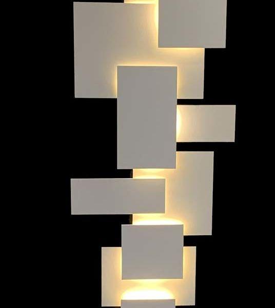 Maxime Lutun – Totem – sculpture en aluminium – série limitée à quatre exemplaires – 190 x 50 x 25 cm – 6200 €