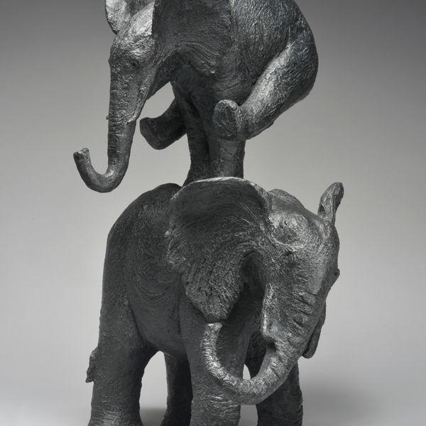Sophie Verger - Eléphant saute ! - Bronze - 70 x 44 x 40 cm - 7000 €