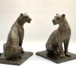 Isabelle Carabantes - Lionne assise - bronze - 32 x 25 x 22 cm - 5000 €